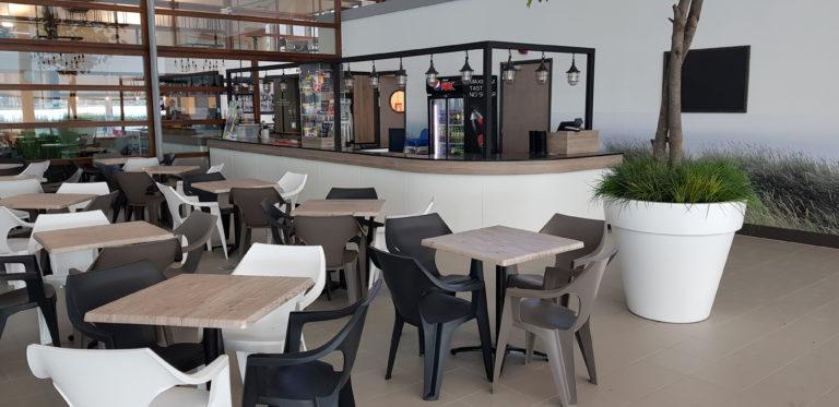 maatwerk bar restaurant zwembad